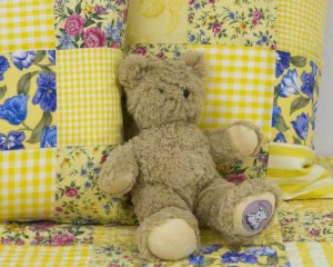 Baby-Darcy-with-Cushions-ST0004