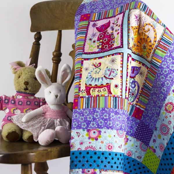 Coolest-Cats-in-Town-Patchwork-cot-Quilt