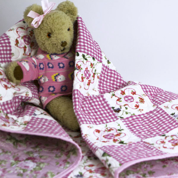 Daisy-May-Patchwork-cot-Quilt