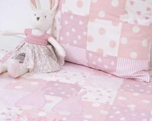 FifI-with-Runny-Babbits-blanket-and-cushion-B000110.BC00013