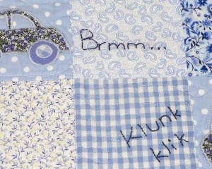 Riding-in-My-Car-patchwork-cot-quilt-close-up-detail-Q000102