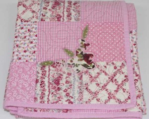 Rosie-May-patchwork-quilt-folded-Q000109