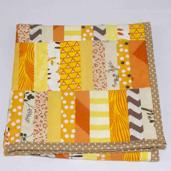 Sundance-patchwork-blanket-folded-B000100