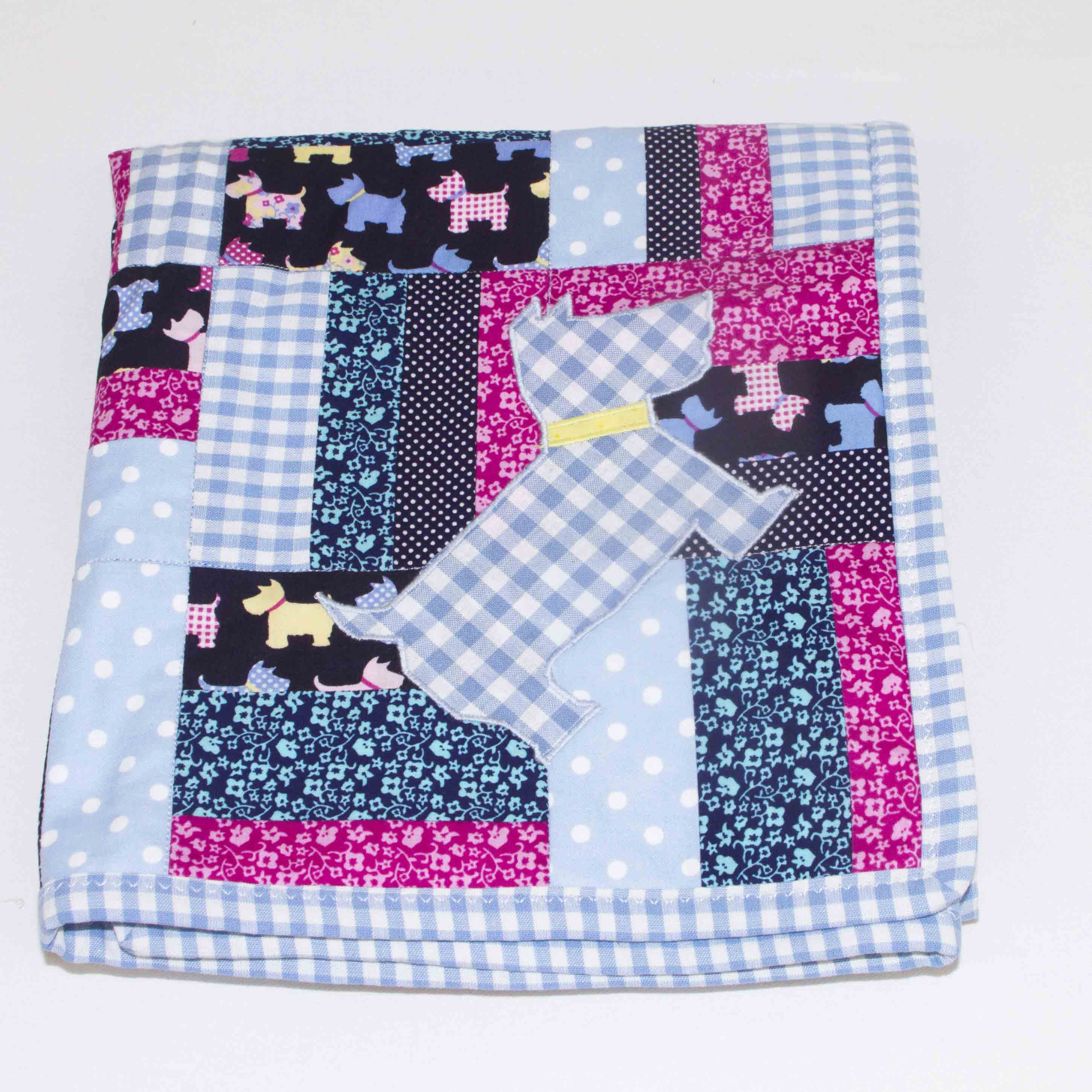 Walkies-Blue-patchwork-blanket-full-view-B000107