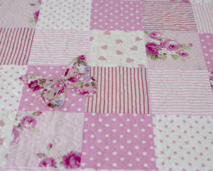 Flutterby-Butterfly-Pretty-Pink-Patchwork-Quilt-detail