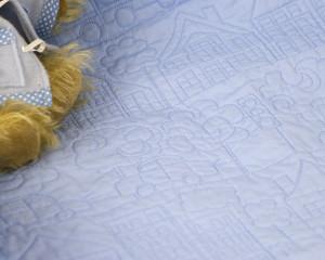 Happy-Days-Blue-cot-quilt-detail