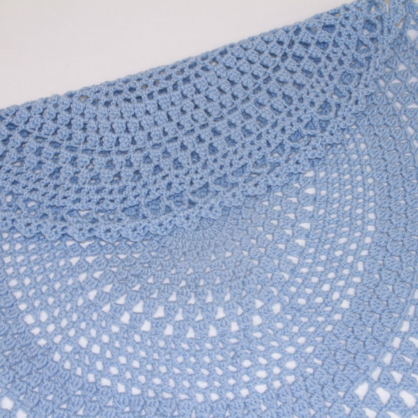 Oval-Blue-hand-crochet-blanket