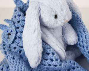 Rabbits-Head-Crochet-blanket