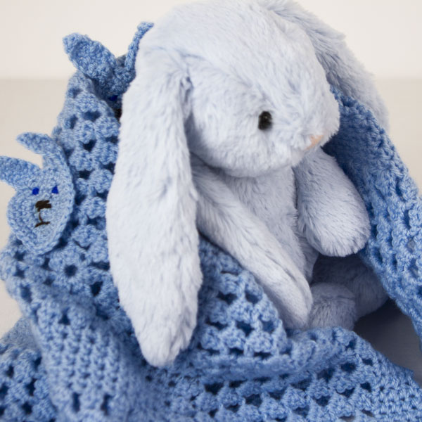 Rabbits-Head-Crochet-blanket