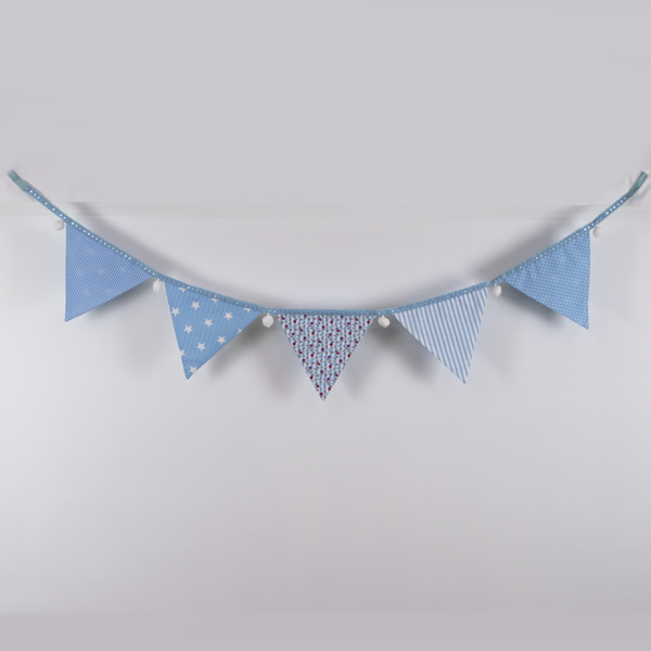 Rose and Hubble blue bunting