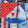 Of-Boats-Bunting-and-Fish-quilt-detail-3